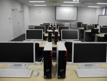 実習室(写真2)